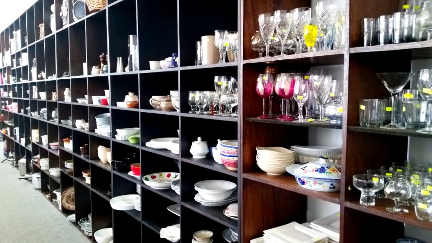 Kichenware at the Salvation Army Family Store Caloundra West