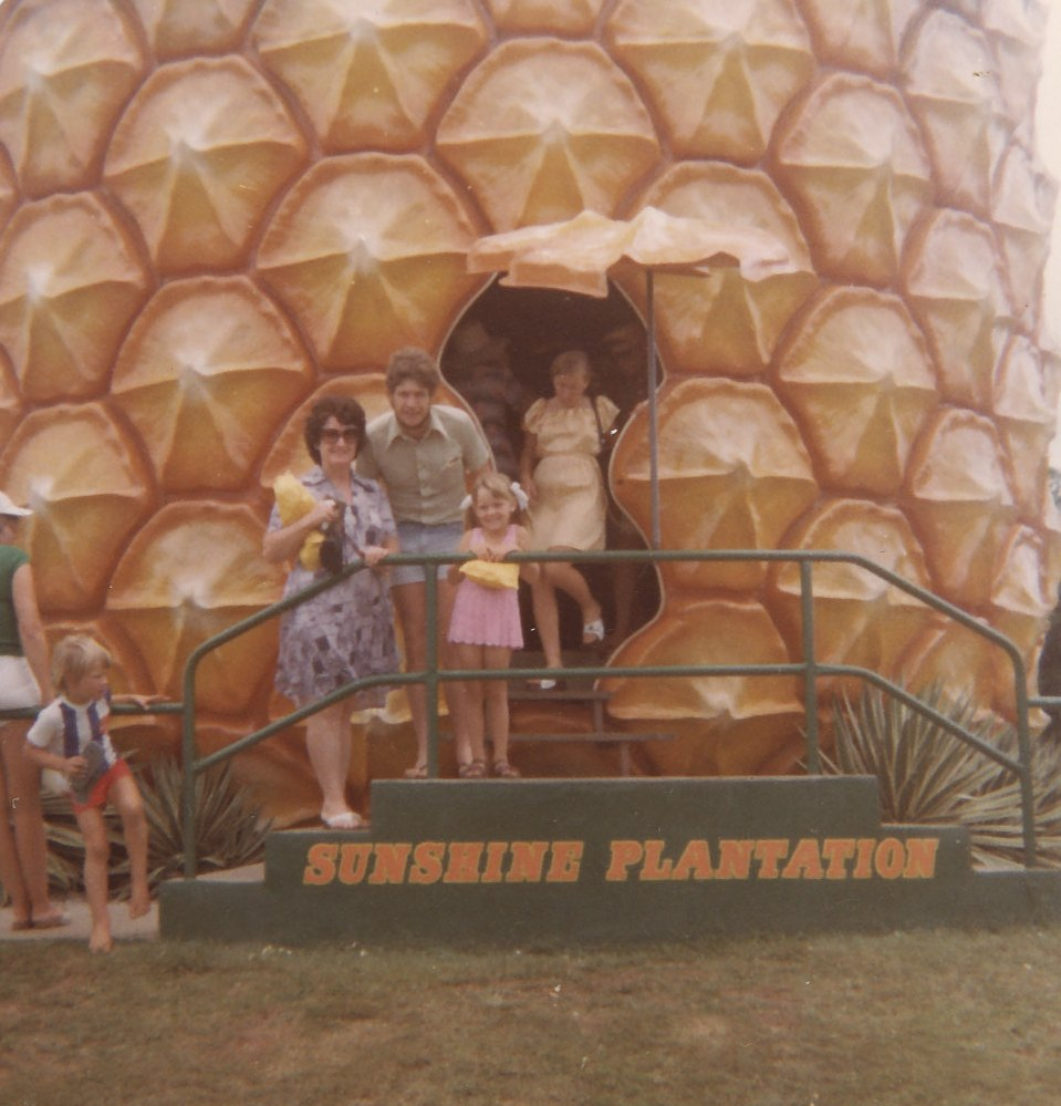 Tracey's family at the Big Pineapple 1978